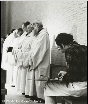 Stanley Roseman drawing Trappist monks in Choir, St. Sixtus Abbey, Flanders. © Photo by Ronald Davis