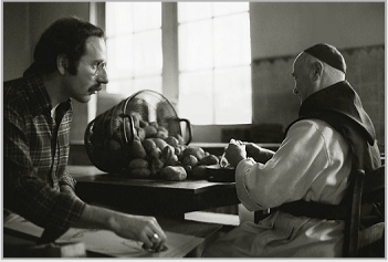 Stanley Roseman drawing a Belgian Trappist monk in the kitchen. © Photo by Ronald Davis.